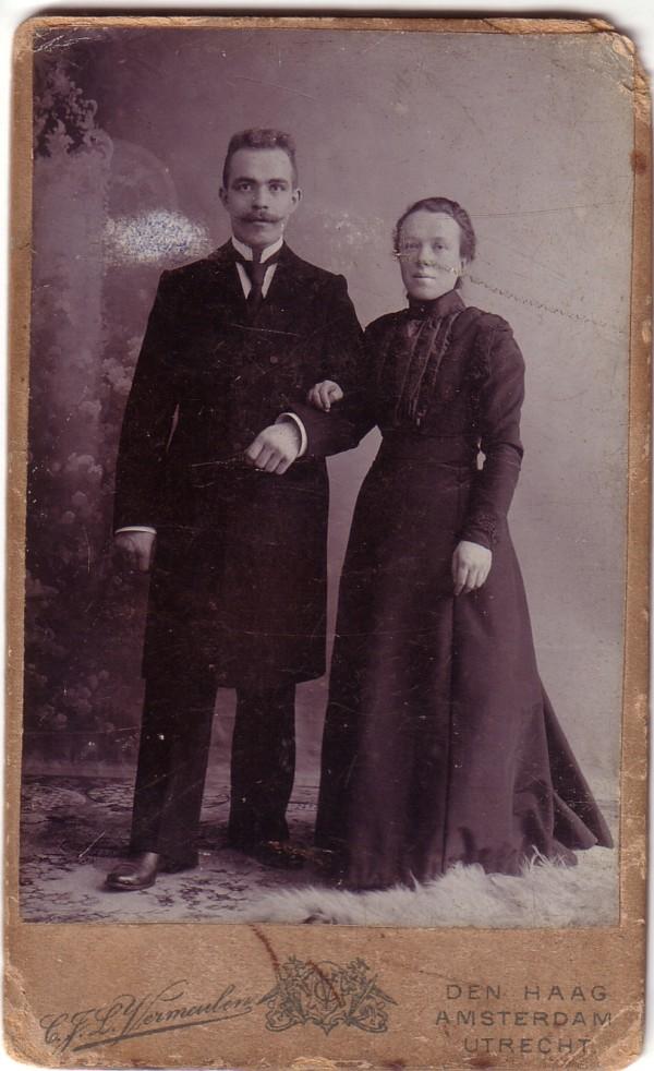 Foto  Willem van der Horst en Francina Maria Snijder, trouwfoto