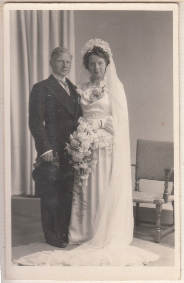 Petrus Martinus Sprokkelenburg en Lambertha Maria Staal trouwfoto