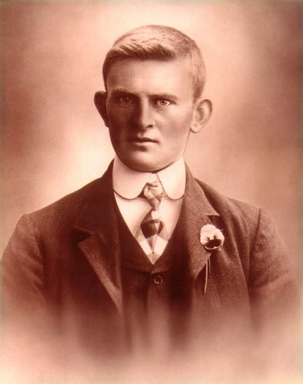 Albert van den Broek