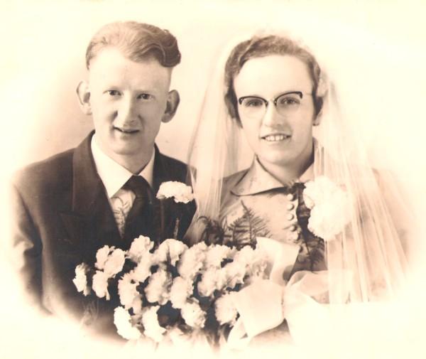 Foto  Arend Bast en Petronella Blankestijn trouwfoto