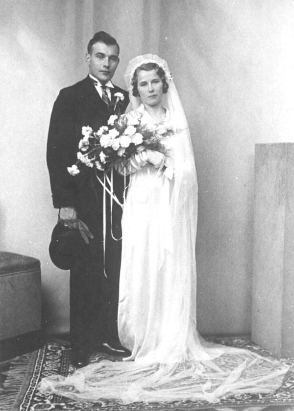 Jan Mooij en Johanna Westerduin, trouwfoto