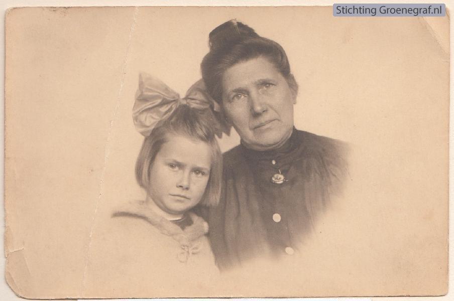 Francisca Johanna Everdina Limper en Marianne Antonette Bon