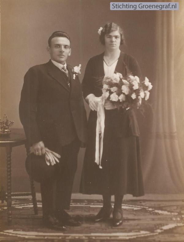 Hendrikus Versteeg en Gijsbertha van der Horst trouwfoto