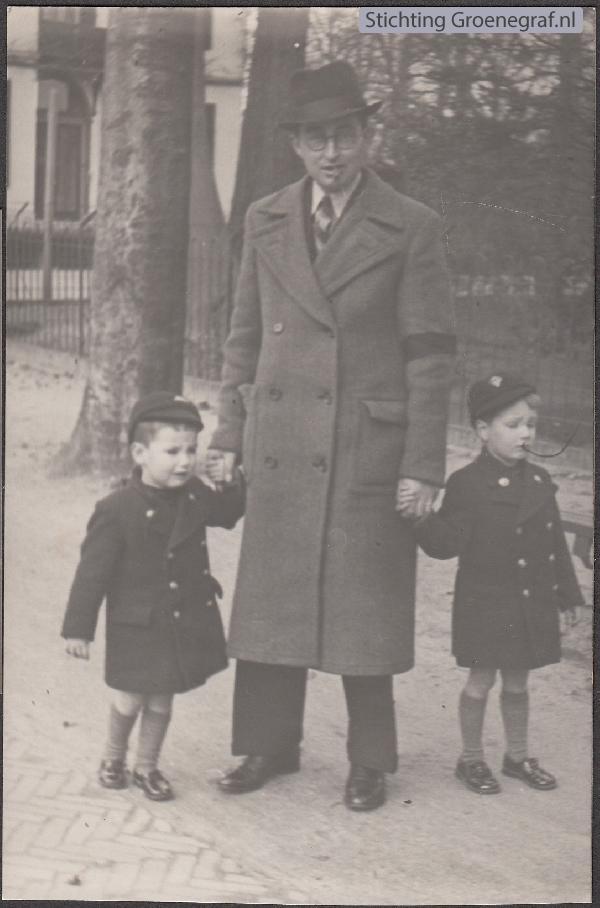 Pieter Cosijnse met kinderen Theo en Wim