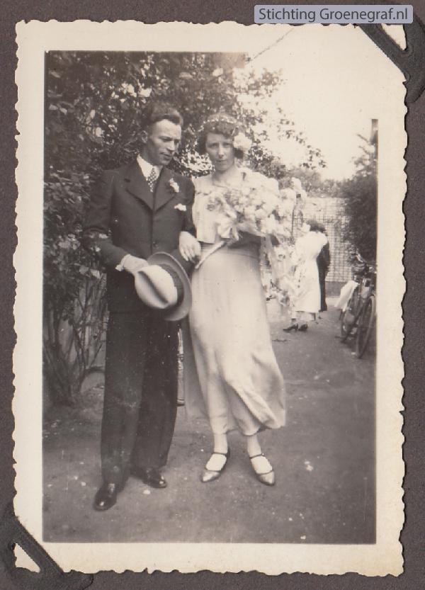 Gijsbertus van de Hoef en Mengsje Los trouwfoto