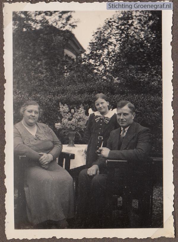 Johannes van Amerongen en Maartje van Manen met dochter Martha Lubertha