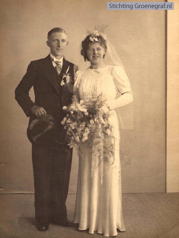 Arie Willem van den Bor en Maria Burgwal trouwfoto