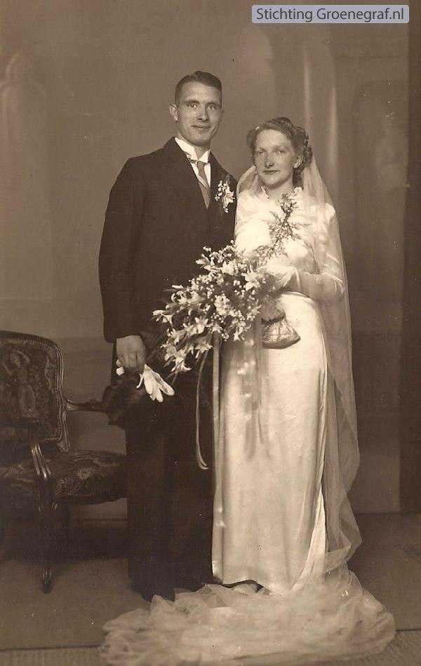 Hendrik Johannes Antonius Soederhuijzen en Elbertje van den Bor trouwfoto
