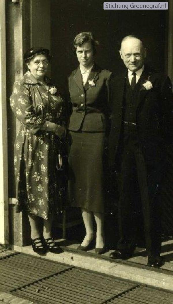 Jannetje van der Vis, kleindochter Jeannette Gerda Wilhelmina Krijt en Gerhard Krijt