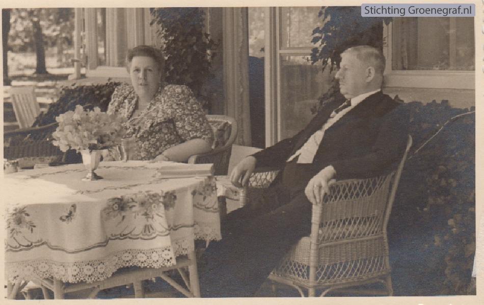 Jacoba Johanna Maria Cornelia Agatha Hooft Graafland en Frans Evert Pieter Sandberg