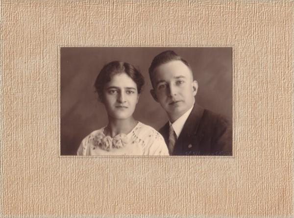 Evertje Drieenhuizen en Theodorus Lambertus Lammers verloving