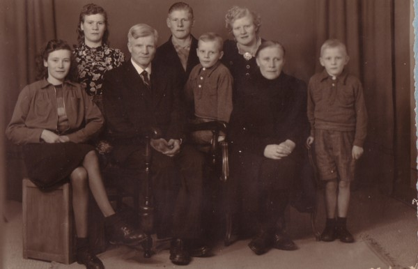 Wouter Broerze en Jannetje Petersen met gezin