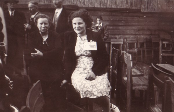 Elisabeth Radstok en Margaretha Wiss