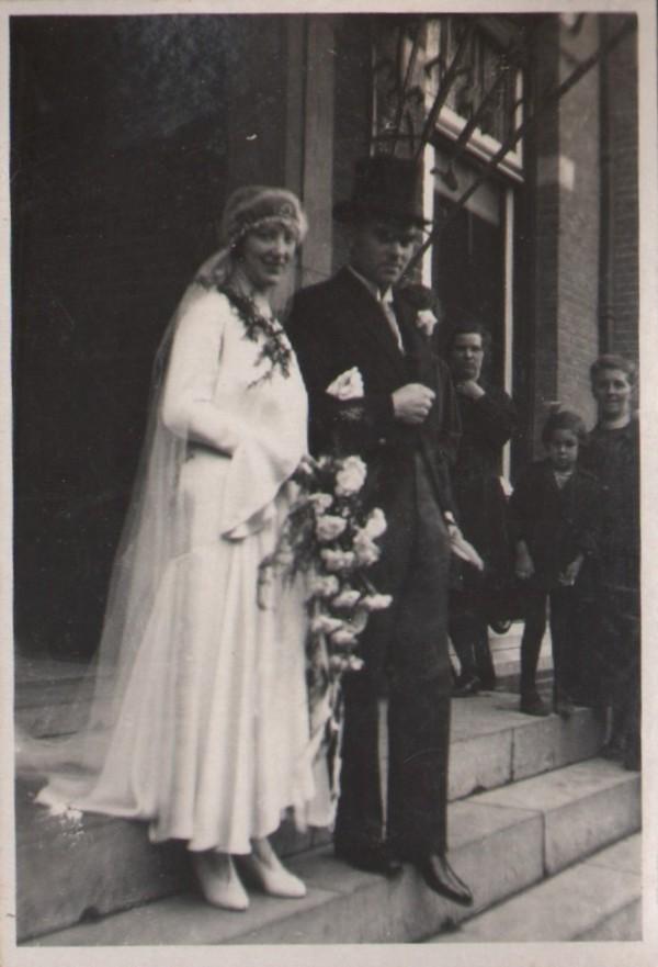 Wilhelmina Gijsberta Hilhorst en Gerrit Jozef Schouten trouwfoto