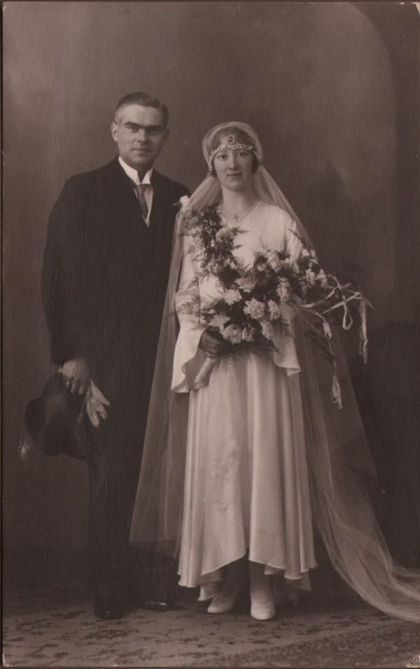 Gerrit Jozef Schouten en Wilhelmina Gijsberta Hilhorst trouwfoto