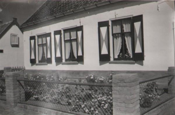 Eikenboschweg 4 huisje van gezin Van Wessel-Van Diedenhoven