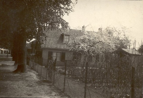 Huisje van Johannes Hornsveld, Javalaan 8 Baarn