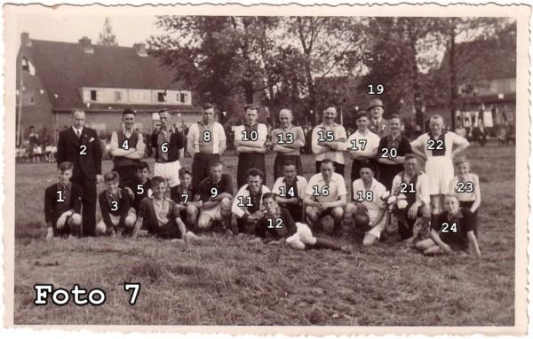 Voetbalelftallen Rooie Dorp