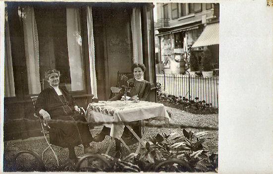 Geertruida Maria Lagerwij en Alberdina A.J. Lagerwij