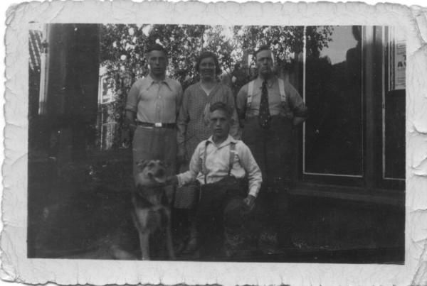 Familie Kooij aan de Dijkweg