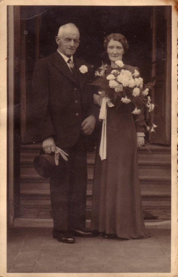 Jacob Spelt en Jeltje Koenen trouwfoto