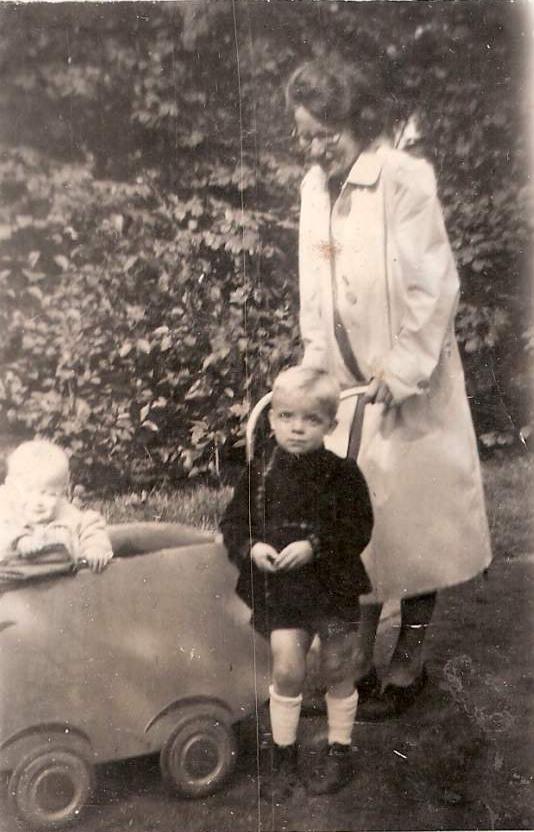 Sipkje Oosting met Jeltina Klazina de Ruiter en Daniël Willem de Ruiter