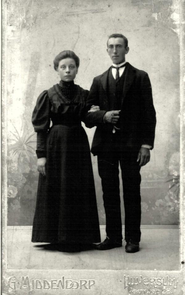 Foto  Gerharda van Diermen en Teunis Koenen trouwfoto