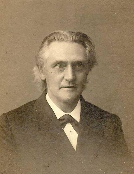 Nicolas Pierre van Es
