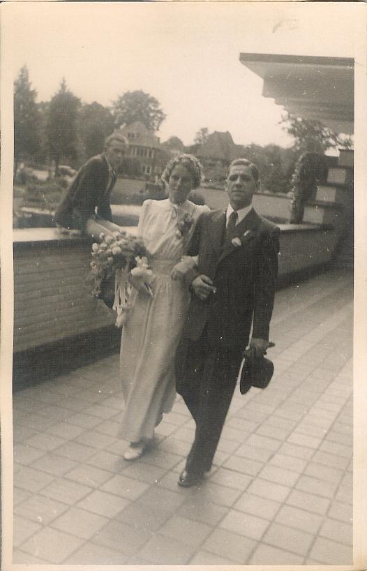 Evertje Christina Hellinga en Gerrit Luijer, trouwfoto