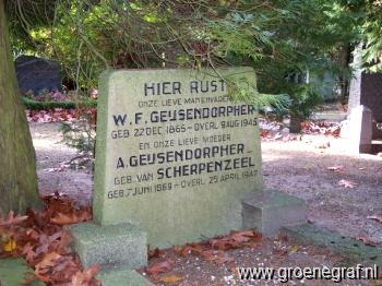 Grafmonument grafsteen Aaltje van Scherpenzeel