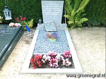 Grafmonument grafsteen Willem de Ruiter
