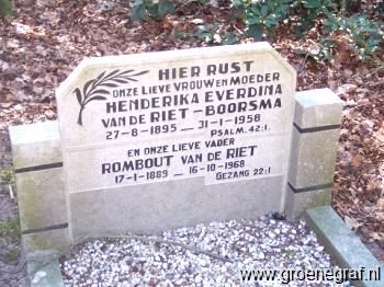 Grafmonument grafsteen Rombout van de Riet
