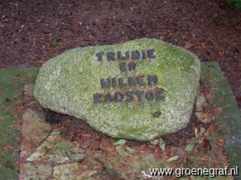Grafmonument grafsteen Willem  Radstok
