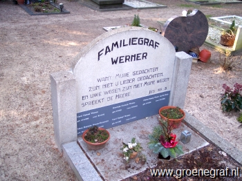 Grafmonument grafsteen Hendrika Cornelia  Werner