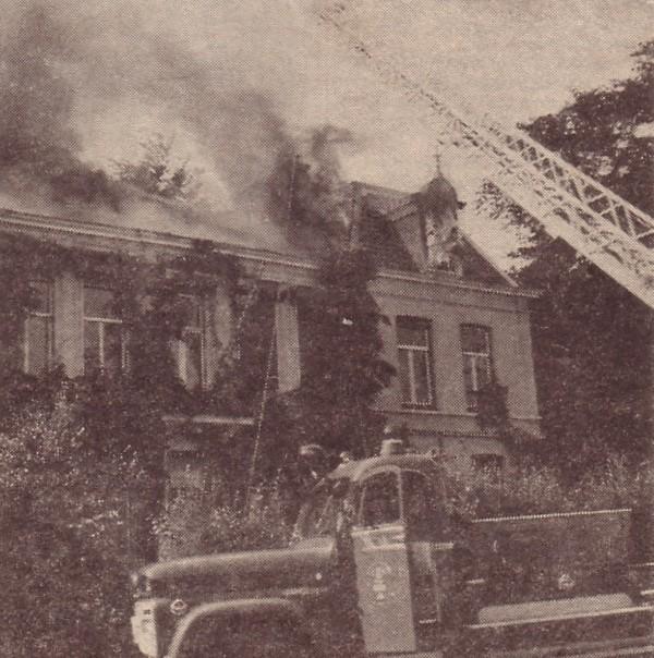 Villa Frisia State op Amalialaan 8 door brand verwoest