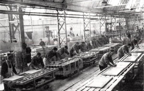 Ocrietfabriek opgericht