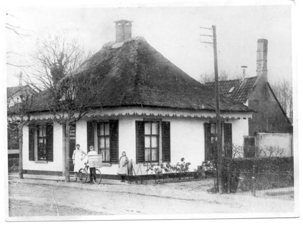 Bakkerij Roskamp geopend