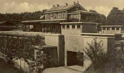 Spoortunnel station Baarn gebouwd